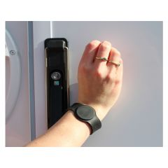 KEYLESS ENTRY ADJUSTABLE WRIST BAN KEY - BLACK